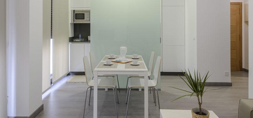 apartamentos-lanceata-comedor